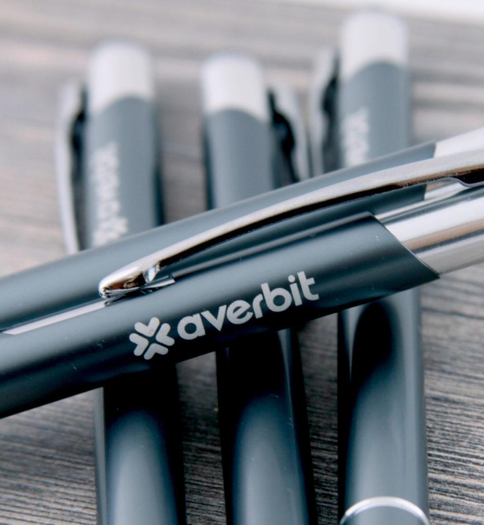 Metalizowane długopisy